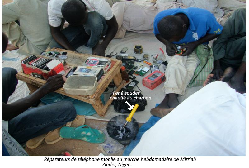Réparateurs de téléphones mobiles