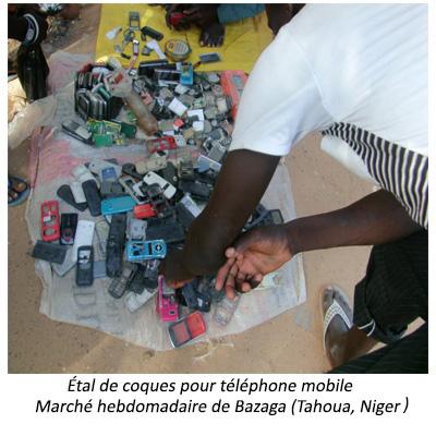 Étale d'accessoires pour téléphone mobile